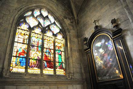 eglis-st-remy-vitraux.jpg