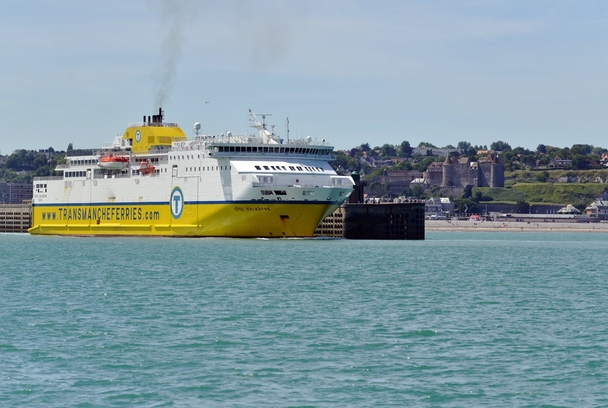 Actu%20web%20ferry%20la%20belle%20traverse%cc%81e.001